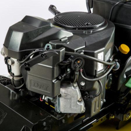 John Deere X590 Benzine Zitmaaier met zij uitworp (122cm)