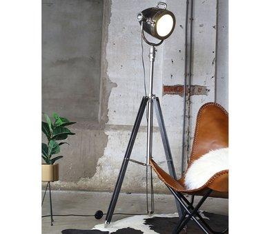 Bronx71 Stehlampe New York Raw Nickel Industriedesign
