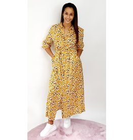 Thé yellow flower dress