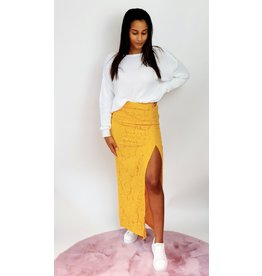 Thé beauty yellow skirt