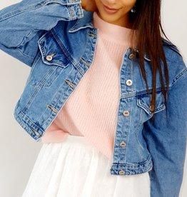 Short jeans jacket