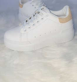 Cream sneaker
