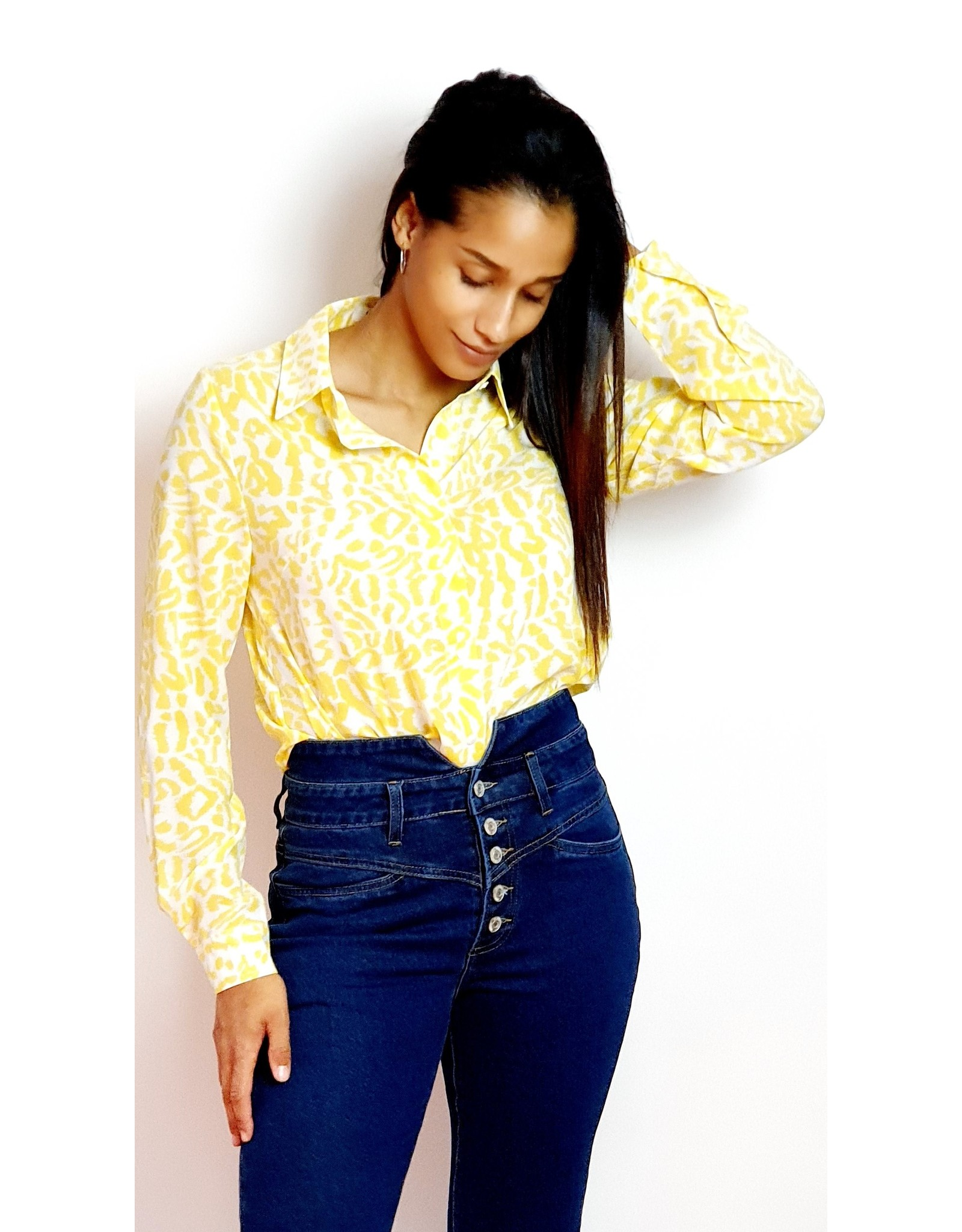 Yellow and printed leopard
