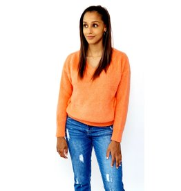 Orange feeling knitted sweater