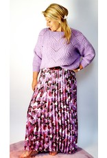 Feeling soft lila knitted sweater