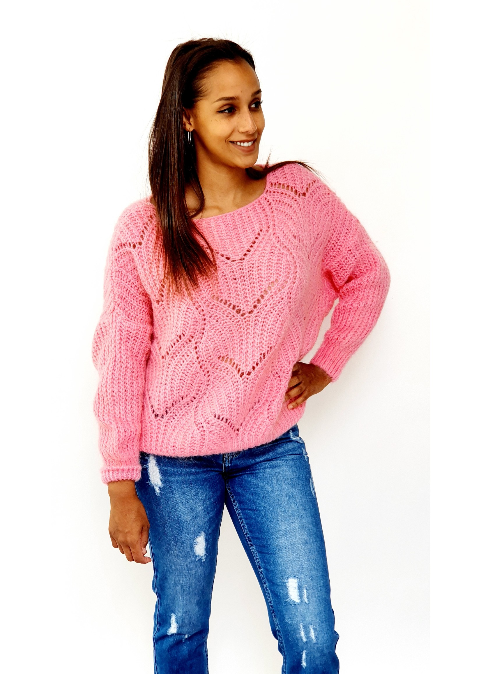 Feeling soft pink knitted sweater