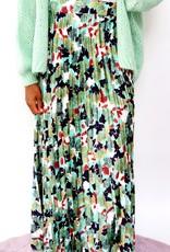 Green flower skirt