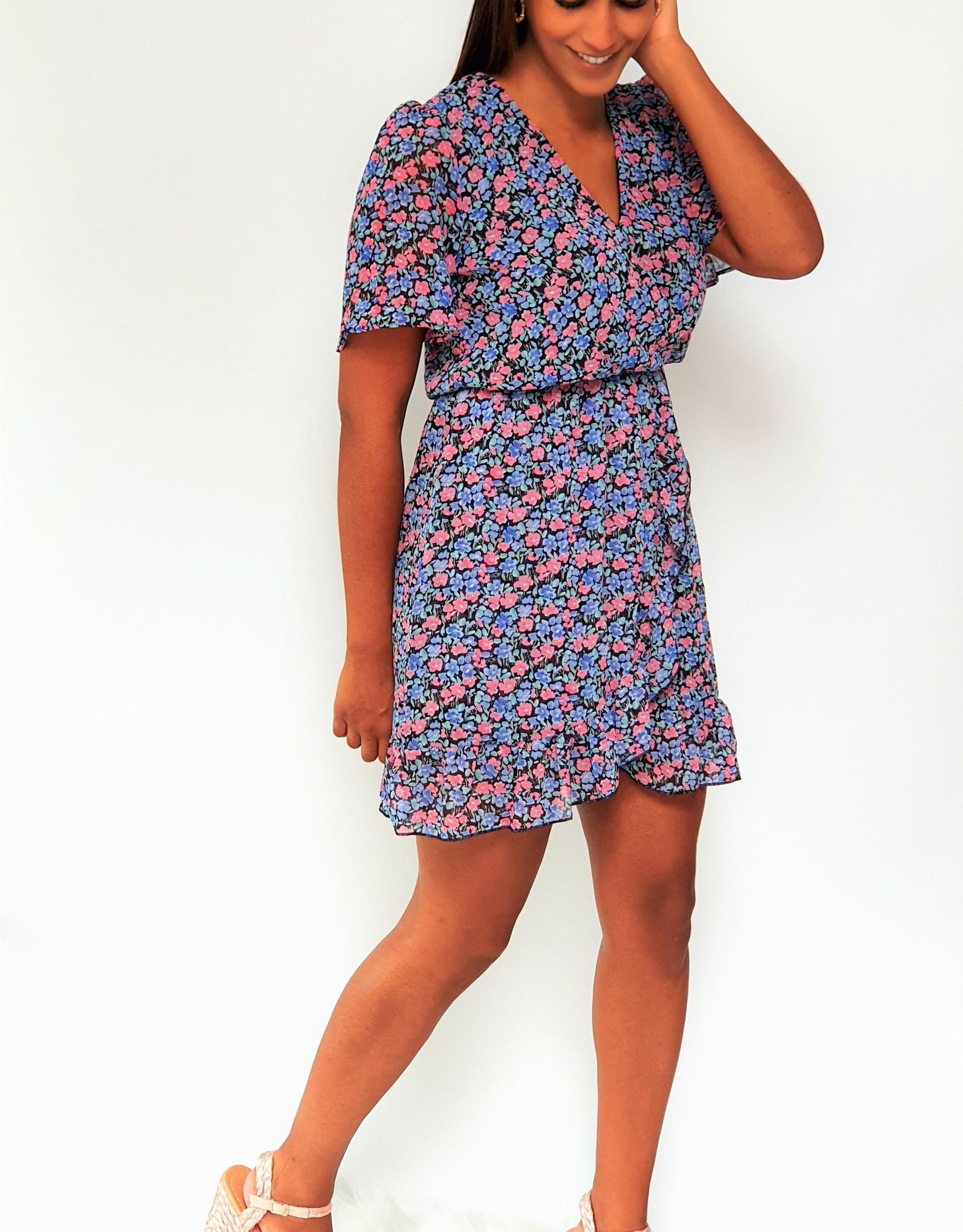 Thé girl next door dress