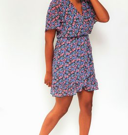 Thé girl next door dress