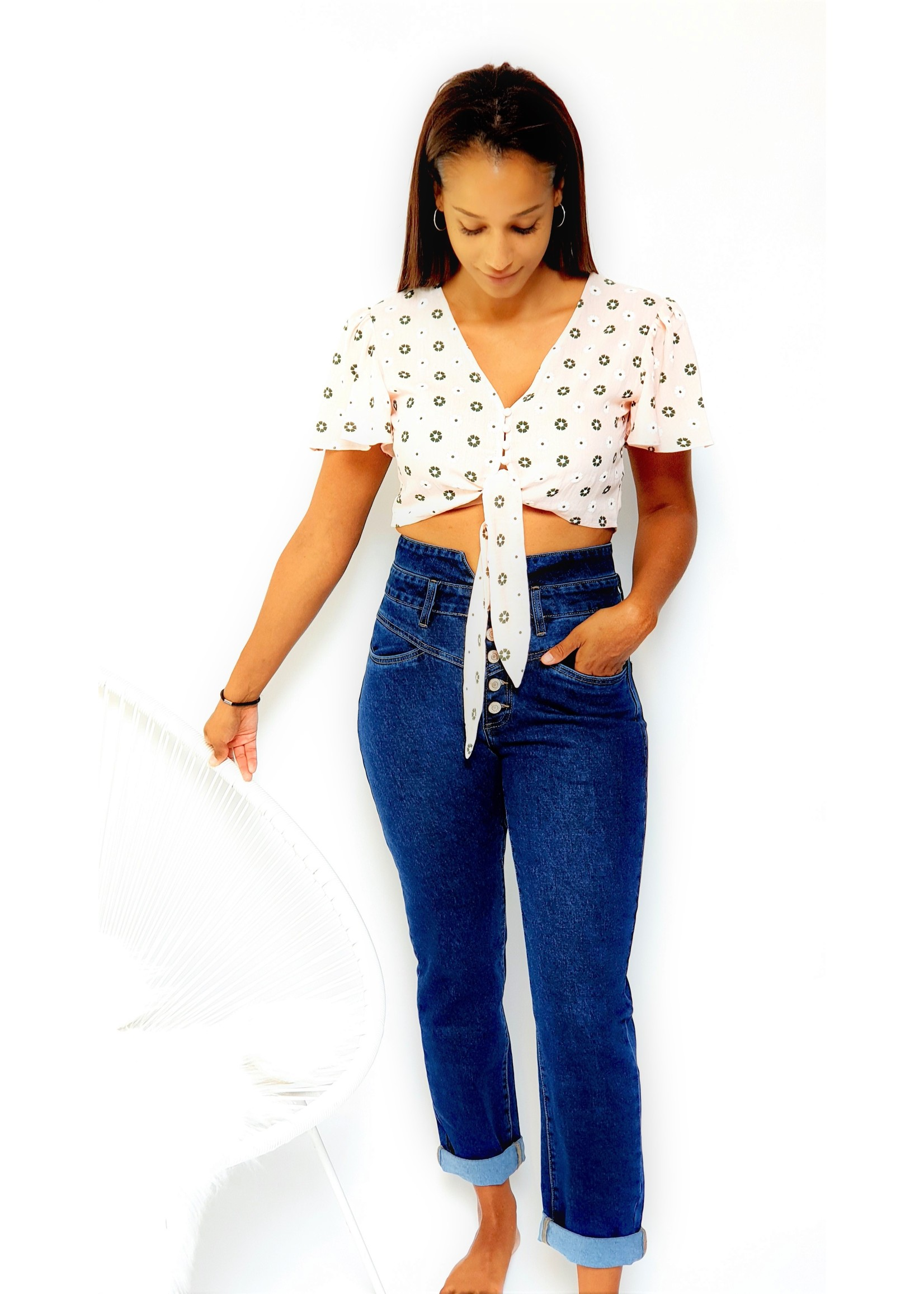 Romantic cropped top