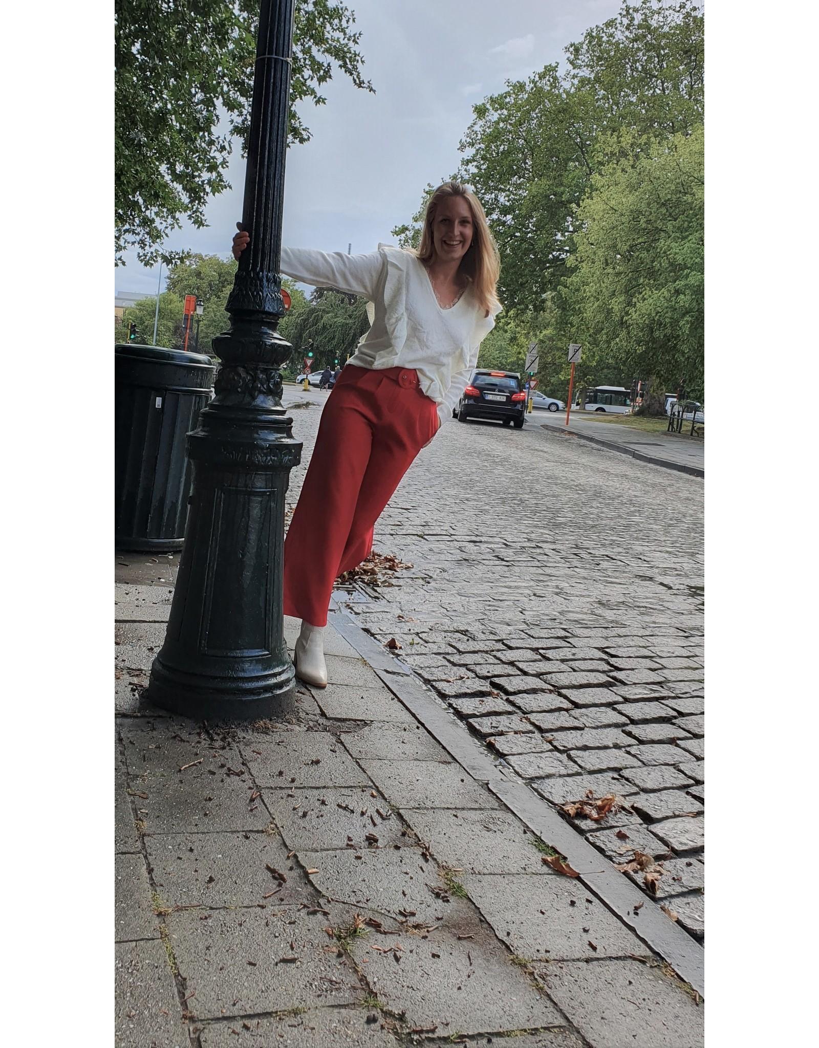 Cherry Paris Officiel Cherry beige sweater