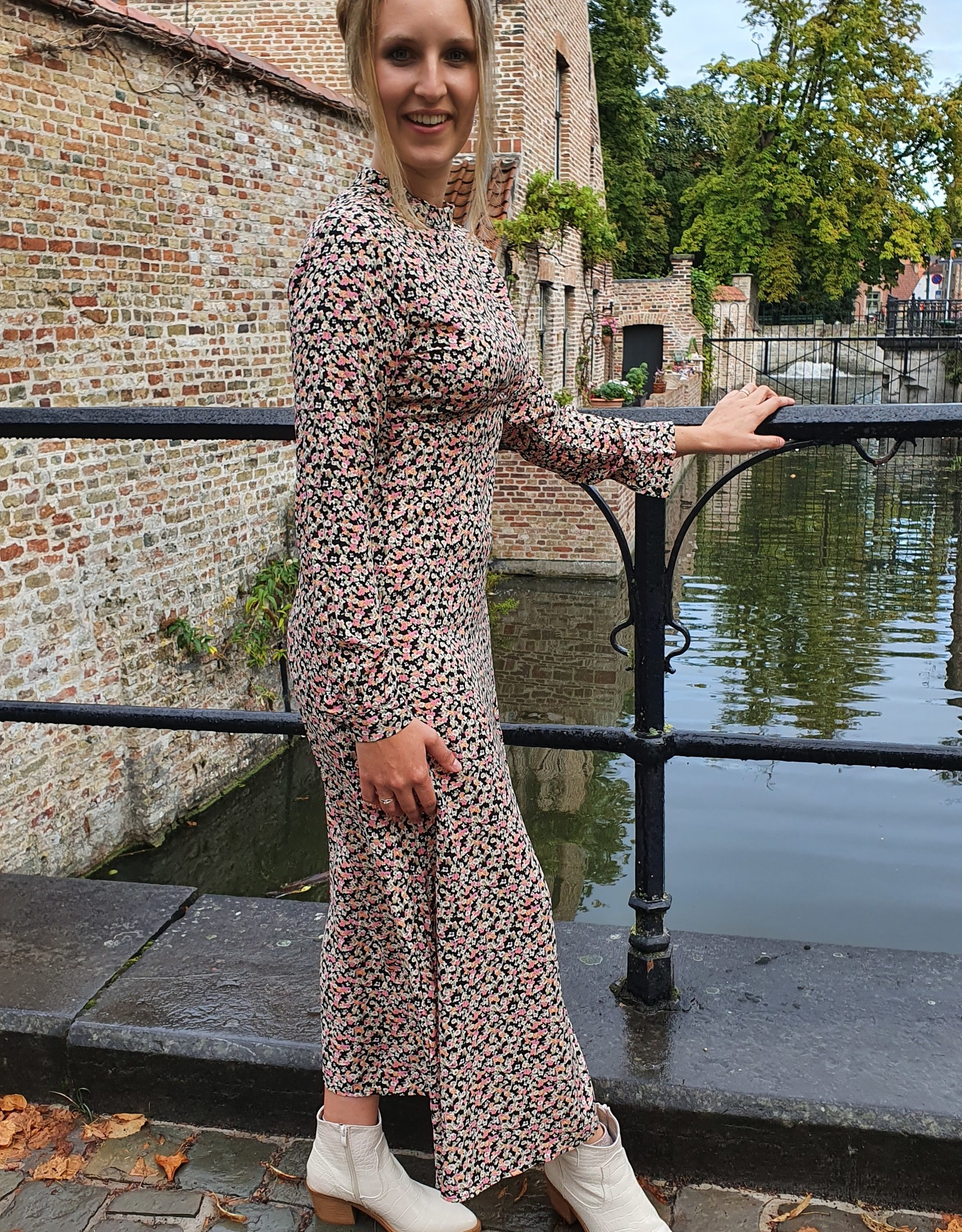 Cherry Paris Officiel Cherry long flower dress