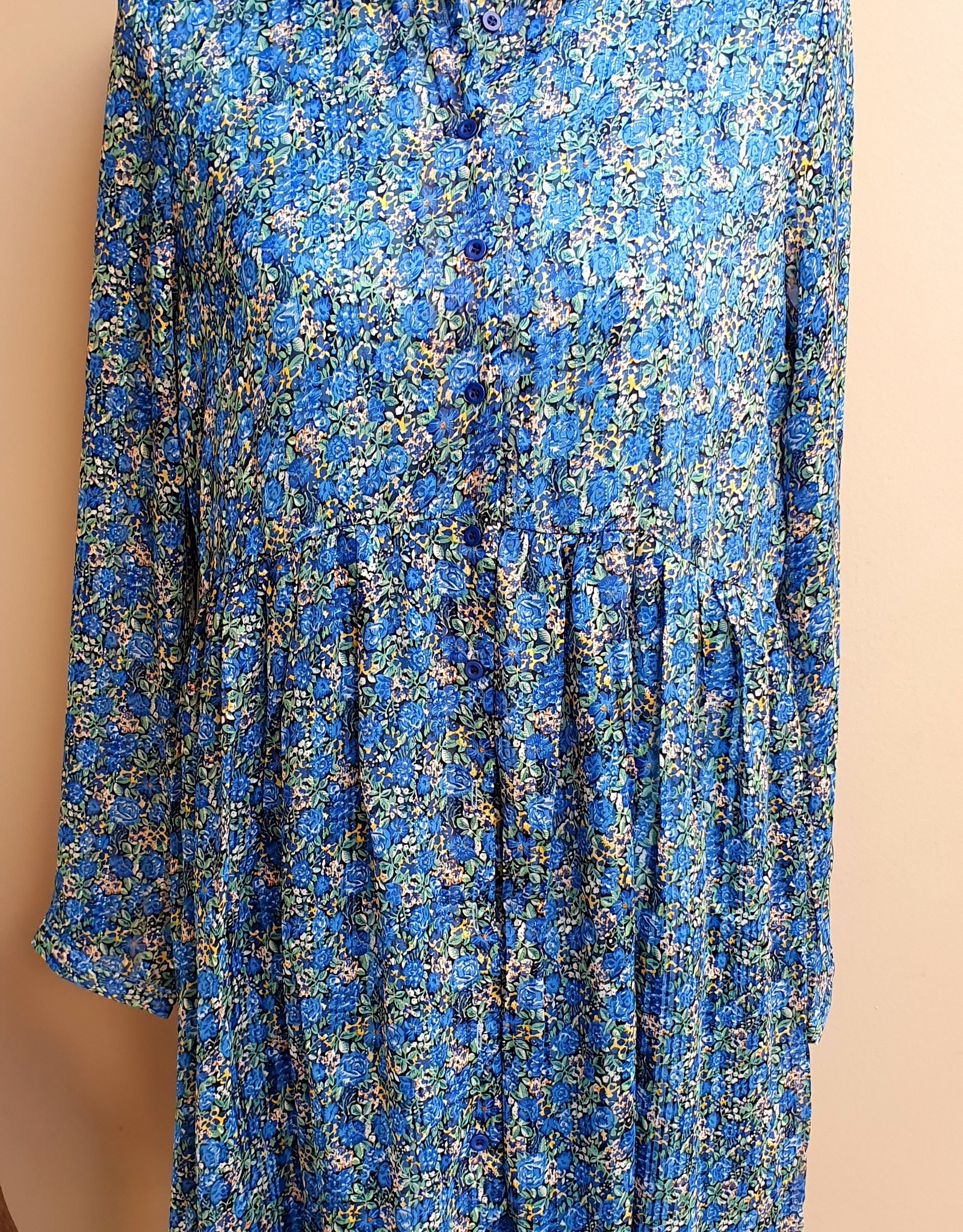 Thé blue blouse dress