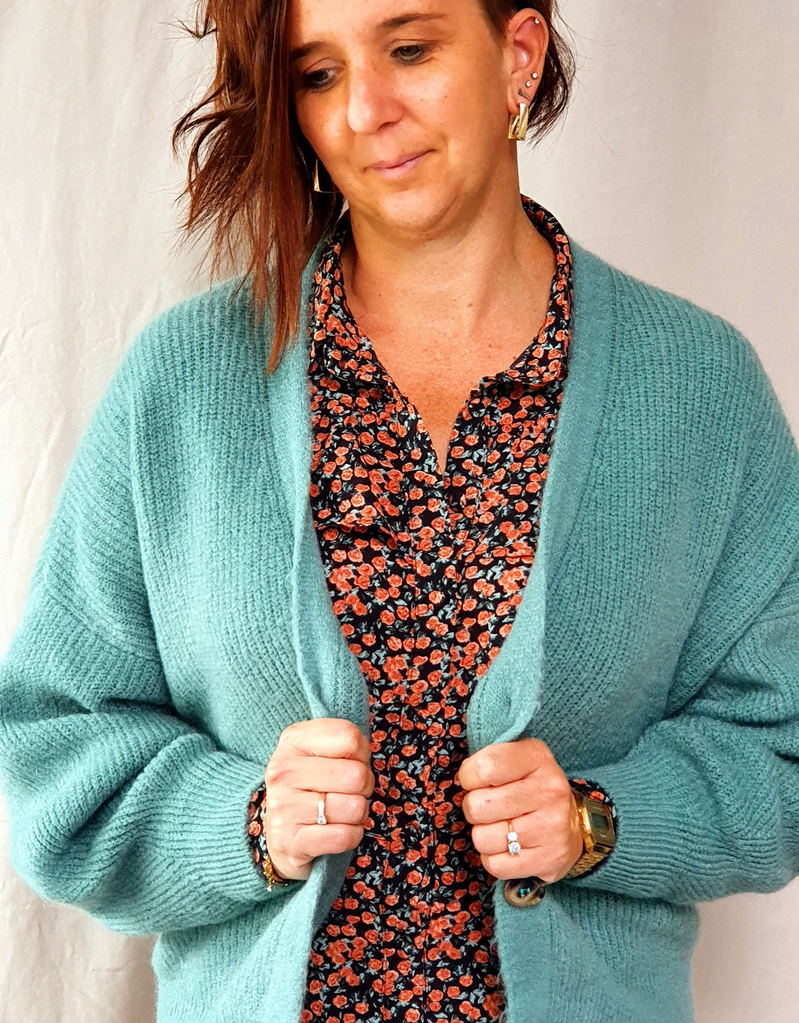 Mika Elles Old green knitted cardigan