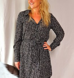Lofty Manner Dress Silena black white