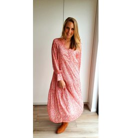 "Happy pink in ""autumn"" dress"