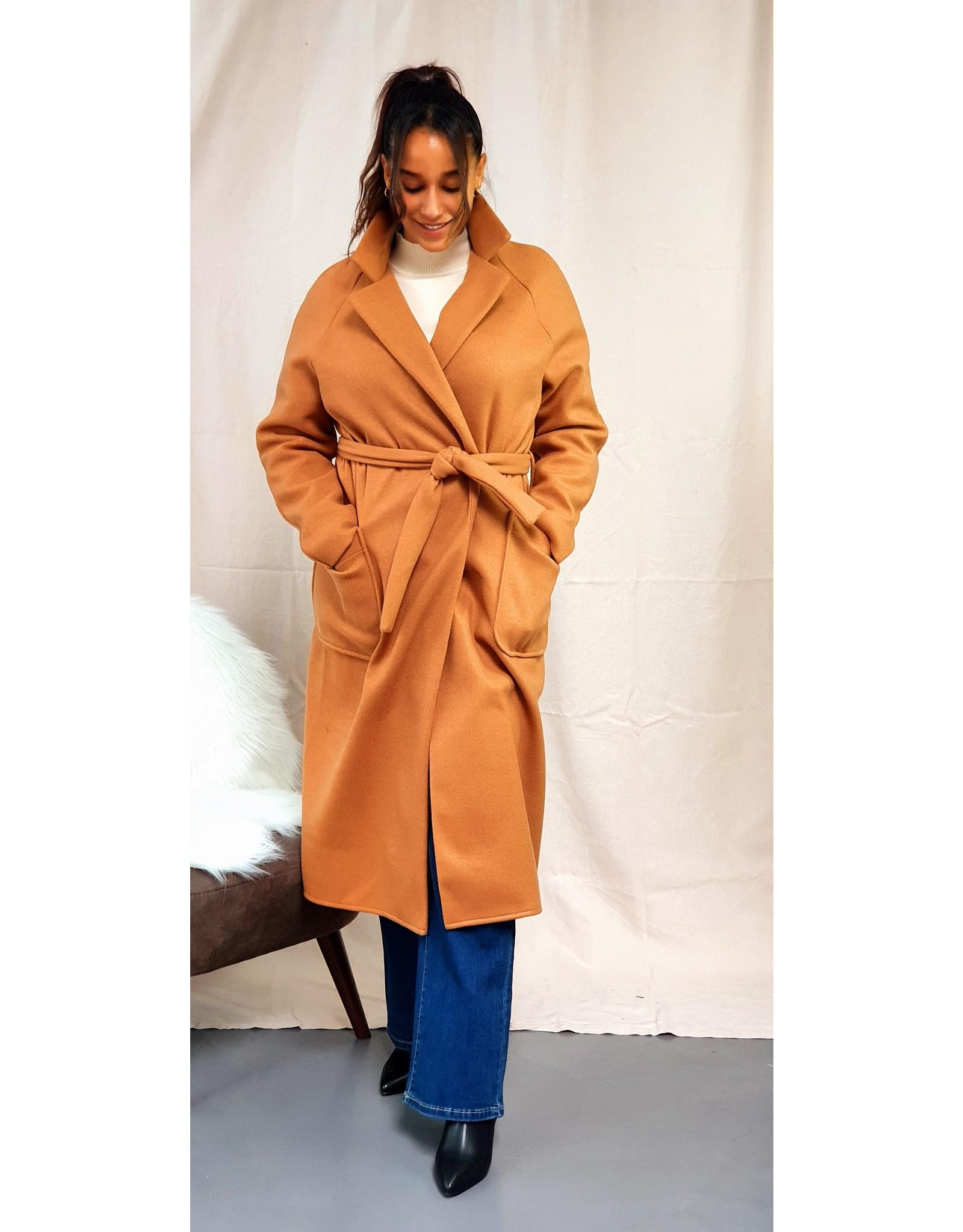 Thé classic cognac coat