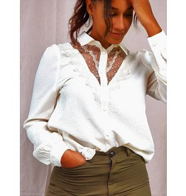 Cherry Paris Officiel Classic cream blouse