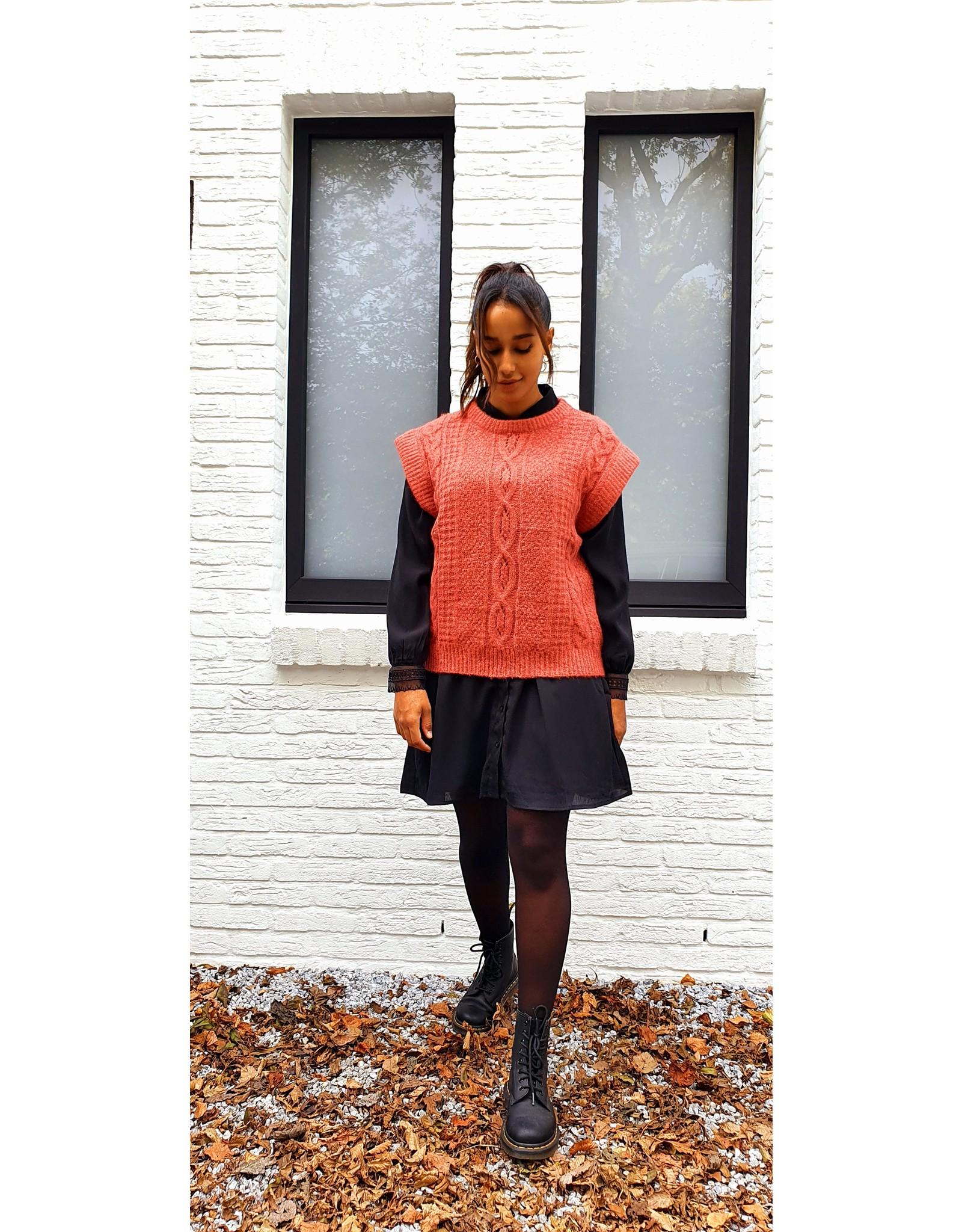 Cherry Paris Officiel Black lace dress
