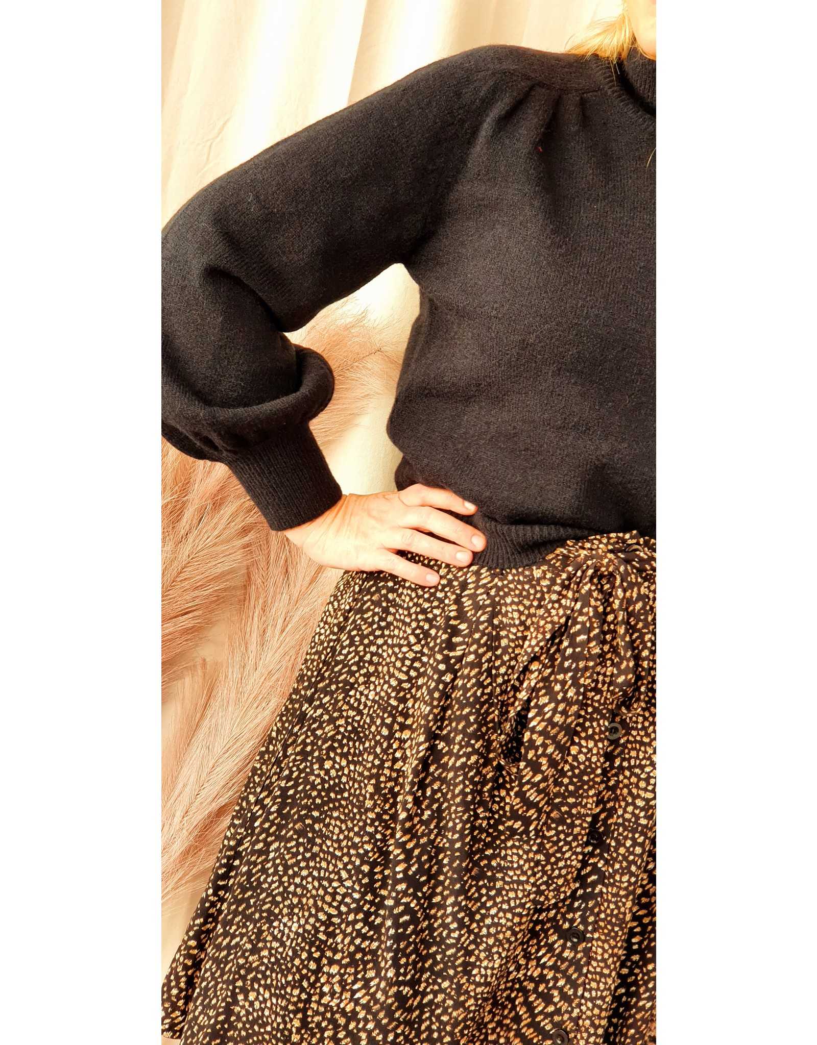 Ydence Knitted Sweater Pascalle Black