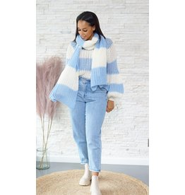 Blue and white knitwear