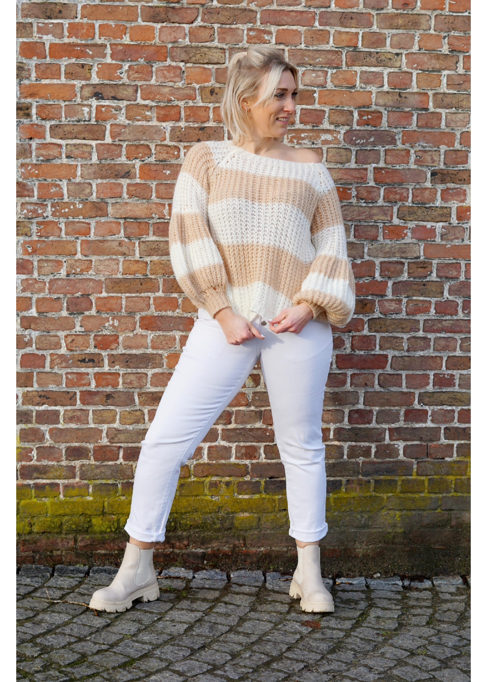 The perfect white pants