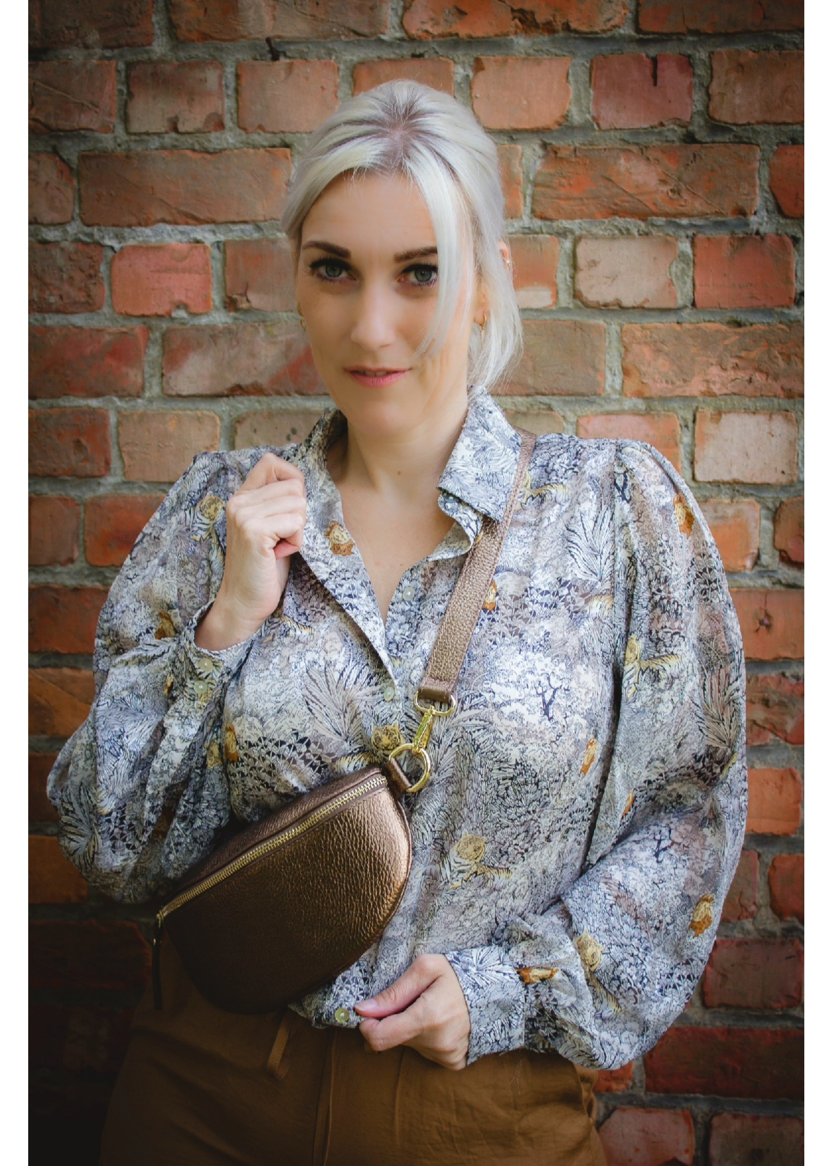 sisters point Leopard love blouse