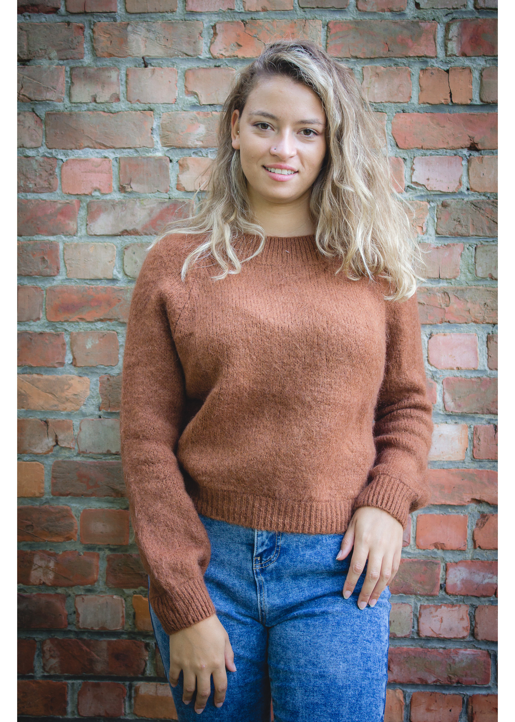 Mika Elles Chocola knitted sweater