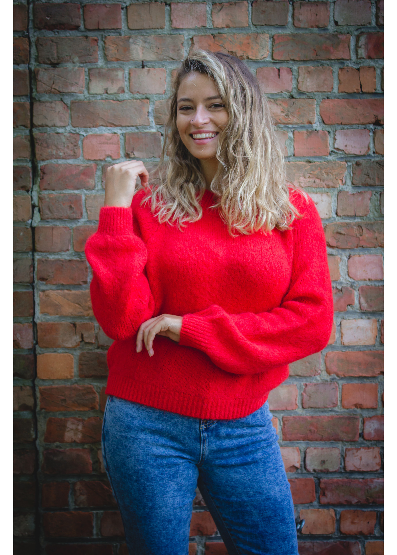 Mika Elles Royal red knitted sweater