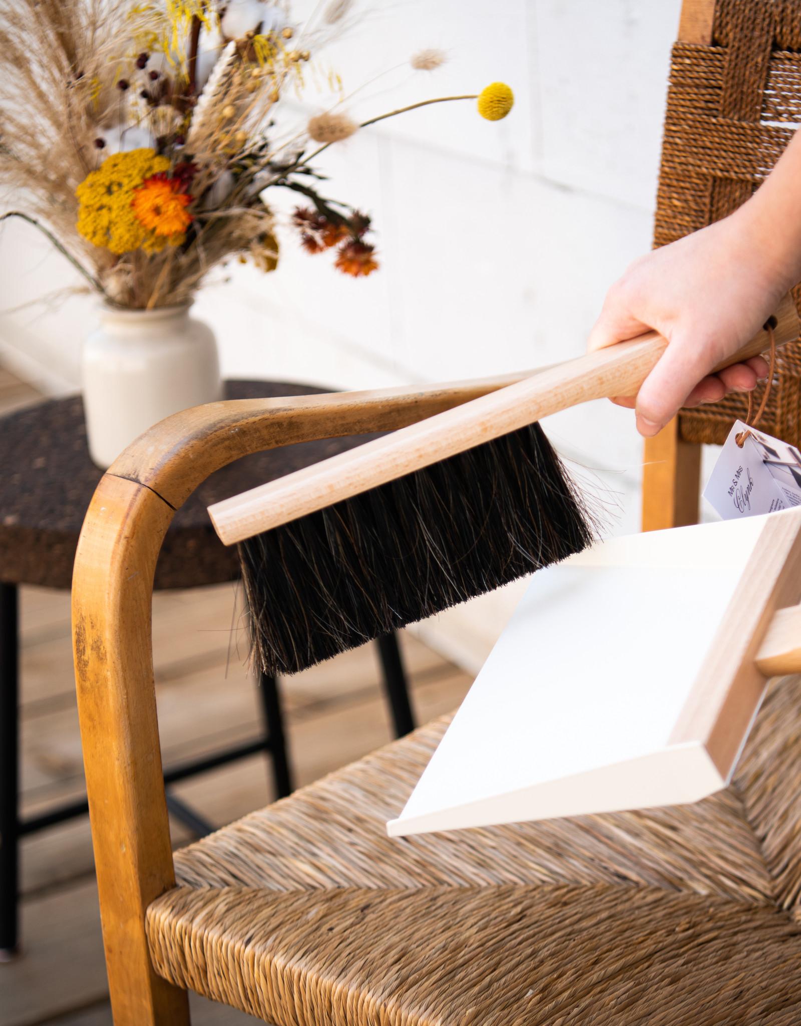 Andrée Jardin Hand broom and dustpan