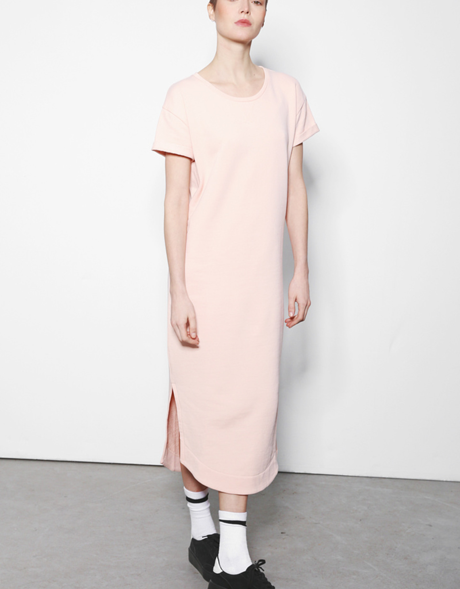Andie dress pale blush