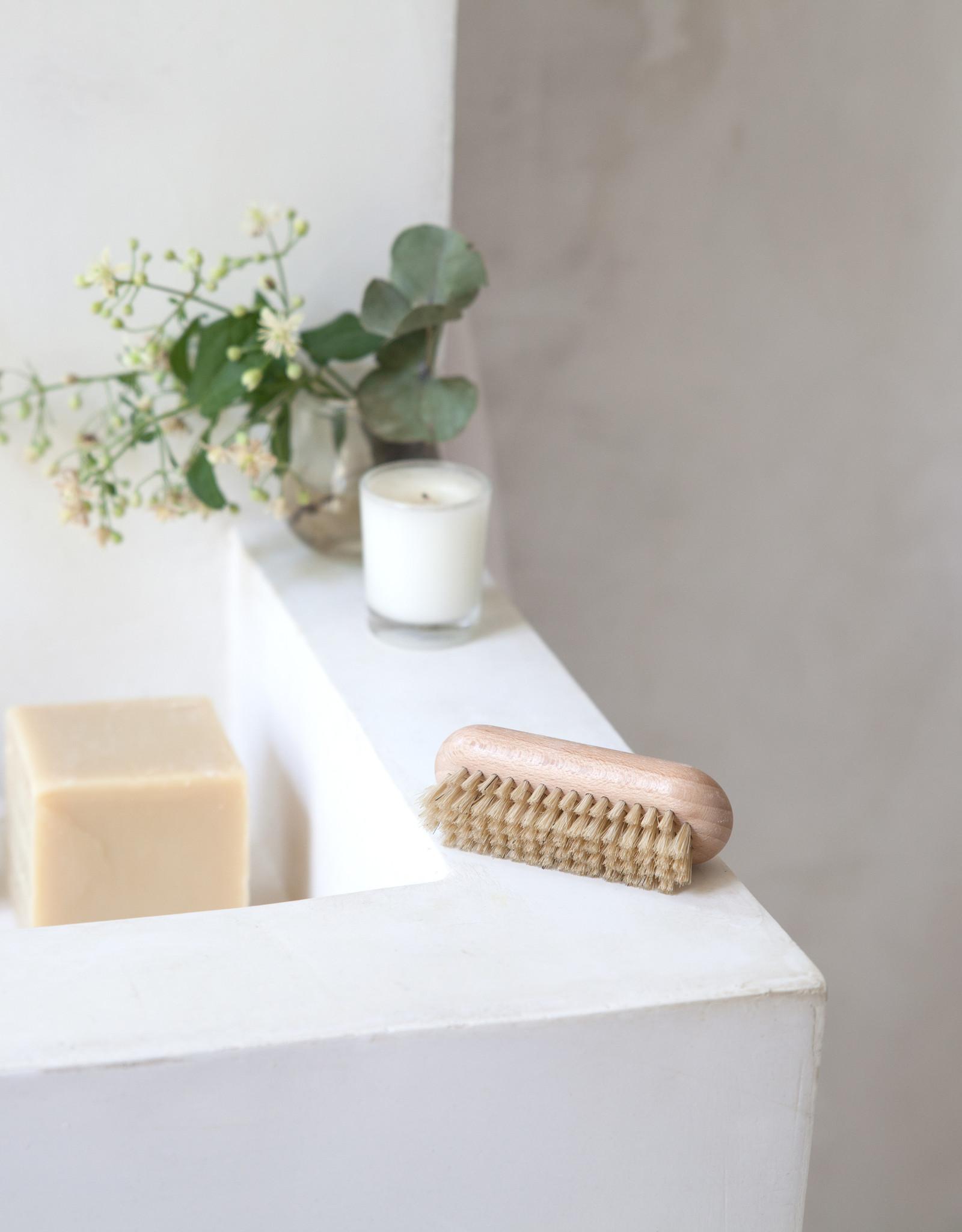 Set zeephouder + Marseille zeep + nagelborstel