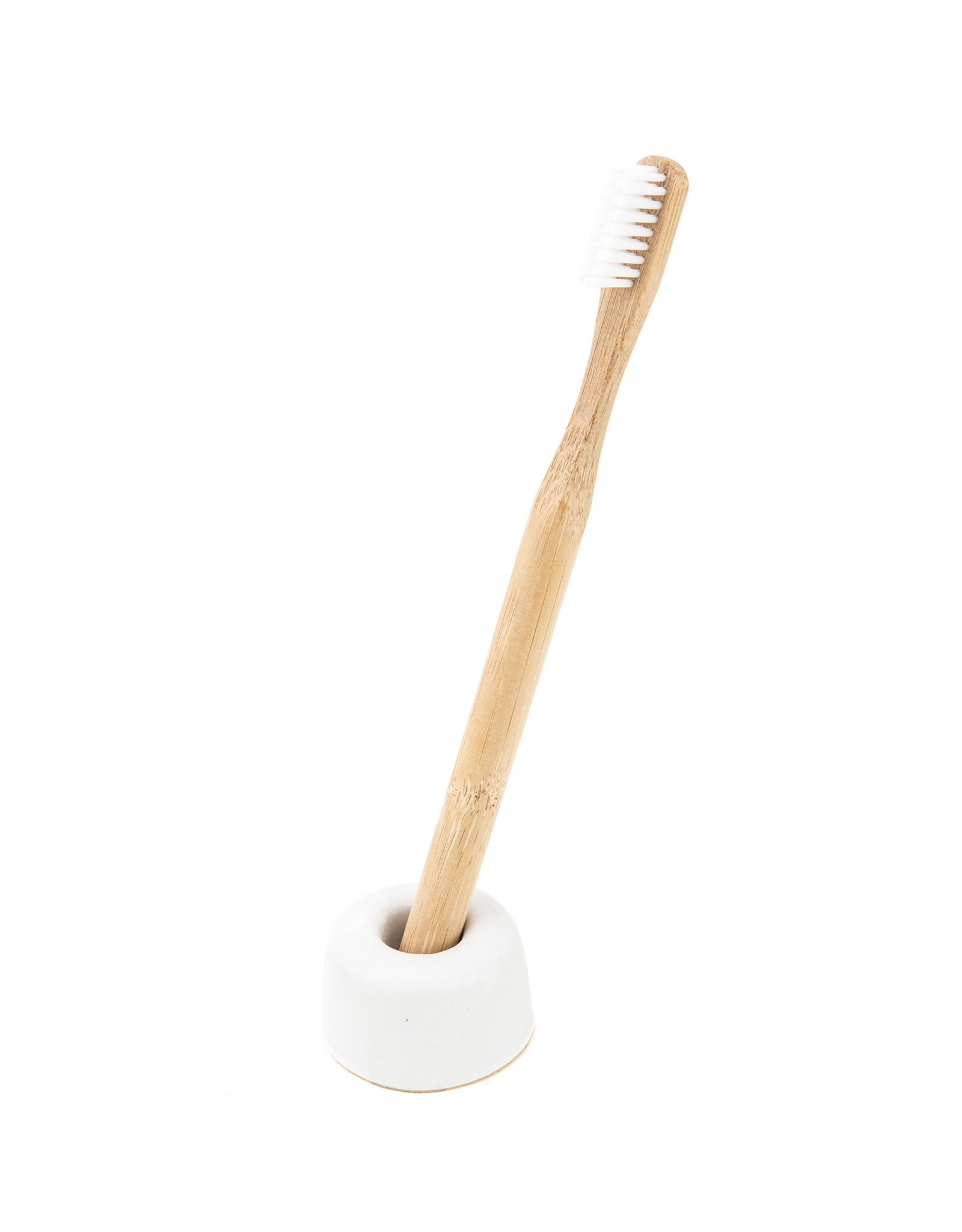 Toothbrush holder ceramics