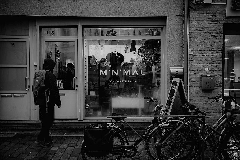 Minimal Antwerp - low waste shop