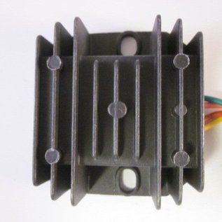 Sendai Spanningsregelaar 12volt - rectifier 4pin male (B)