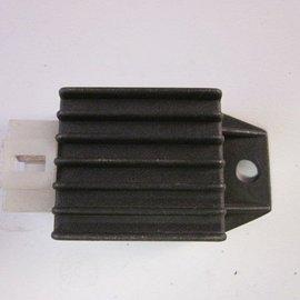 Sendai Spanningsregelaar 4-polig (rectifier, 12volt)