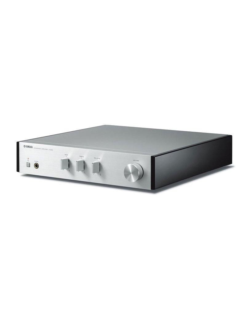 Yamaha MCR-N670D Hifi systeem zilver
