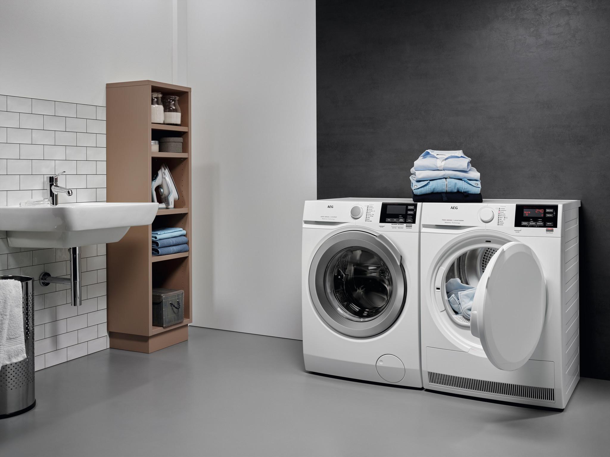 AEG AEG L6FB86GW wasmachine Vrijstaand Voorbelading Wit 8 kg 1600 RPM A+++-20%