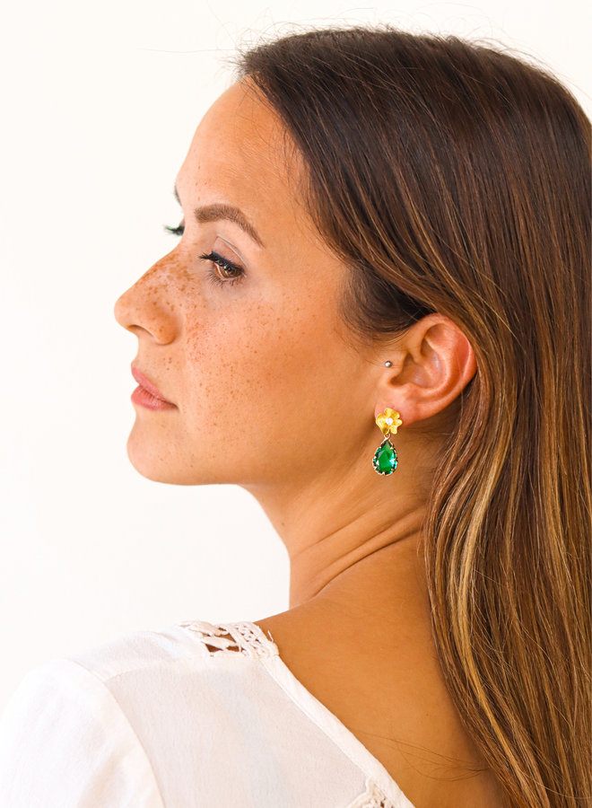 Shaded flower stud earrings (emerald)