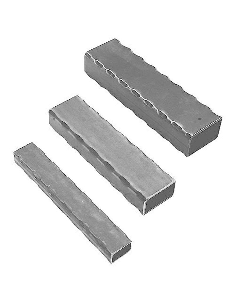 Triebenbacher barre martelé carré 30x30x2.5mm - 3000mm
