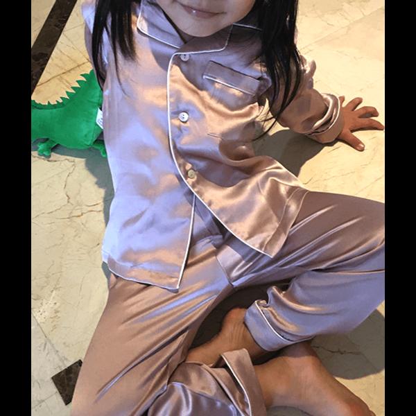 Seiden Nachtwäsche für Mädchen (Langarm-shirt, lange Hosen)