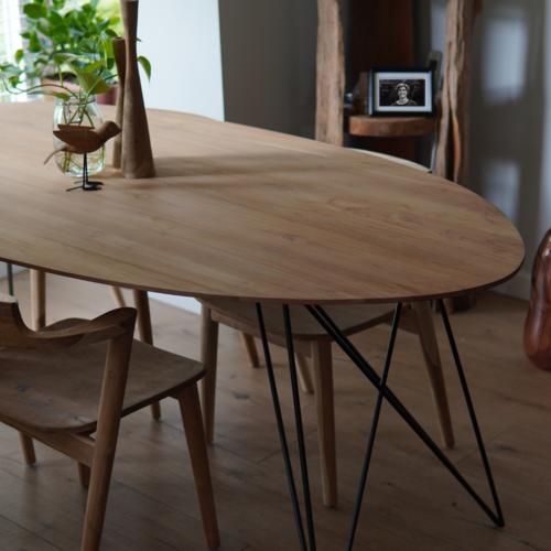 Nieuwe houten eettafel kopen? Wij geven je 5 gratis tips!