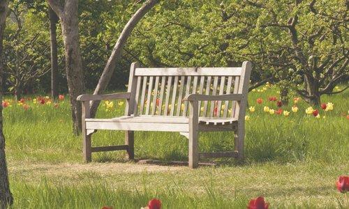 6 x dé houten tuinbank: het item in je tuin dat niet mag ontbreken!