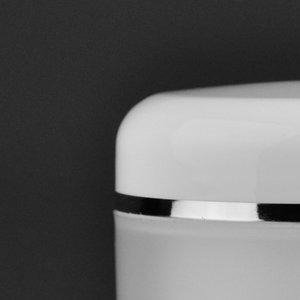 OPTIE : metallic lijntje rondom deksel voor  potten van 5 ml tot 75 ml