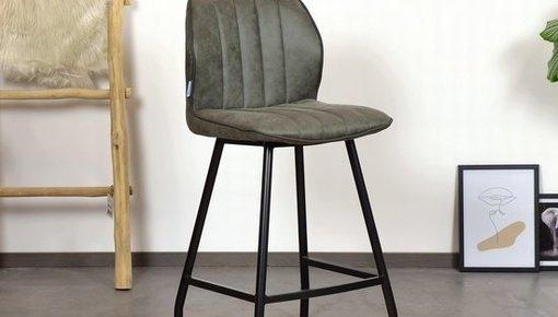 Bij Nieuwemeubels.com bieden we microlederen barkrukken met de beste kwaliteit materialen