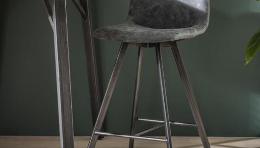 Leren barkrukken zijn niet meer weg te denken uit een stijlvol, tijdloos interieur
