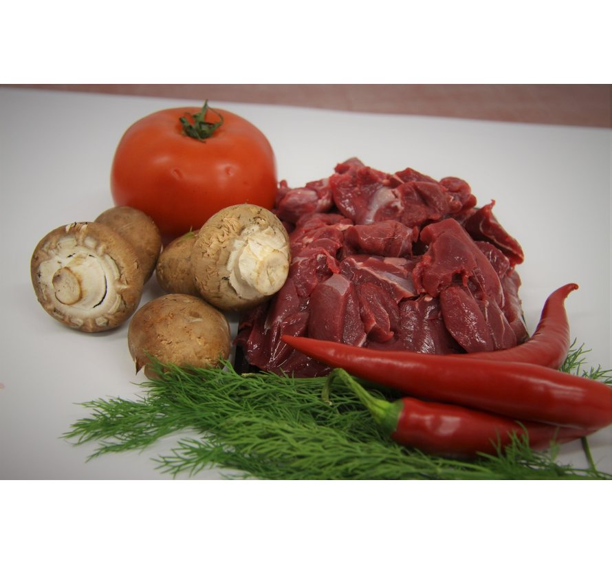 Ree-goulash, 500 gram,  ambachtelijk handgesneden
