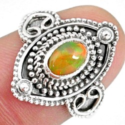 Zilveren ring Opaal