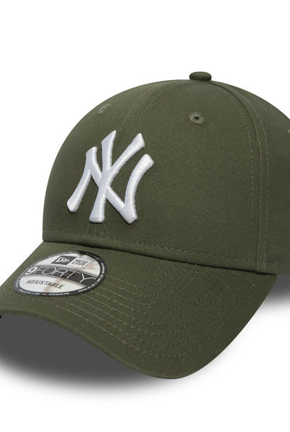 NEW ERA 9forty yankees kaki