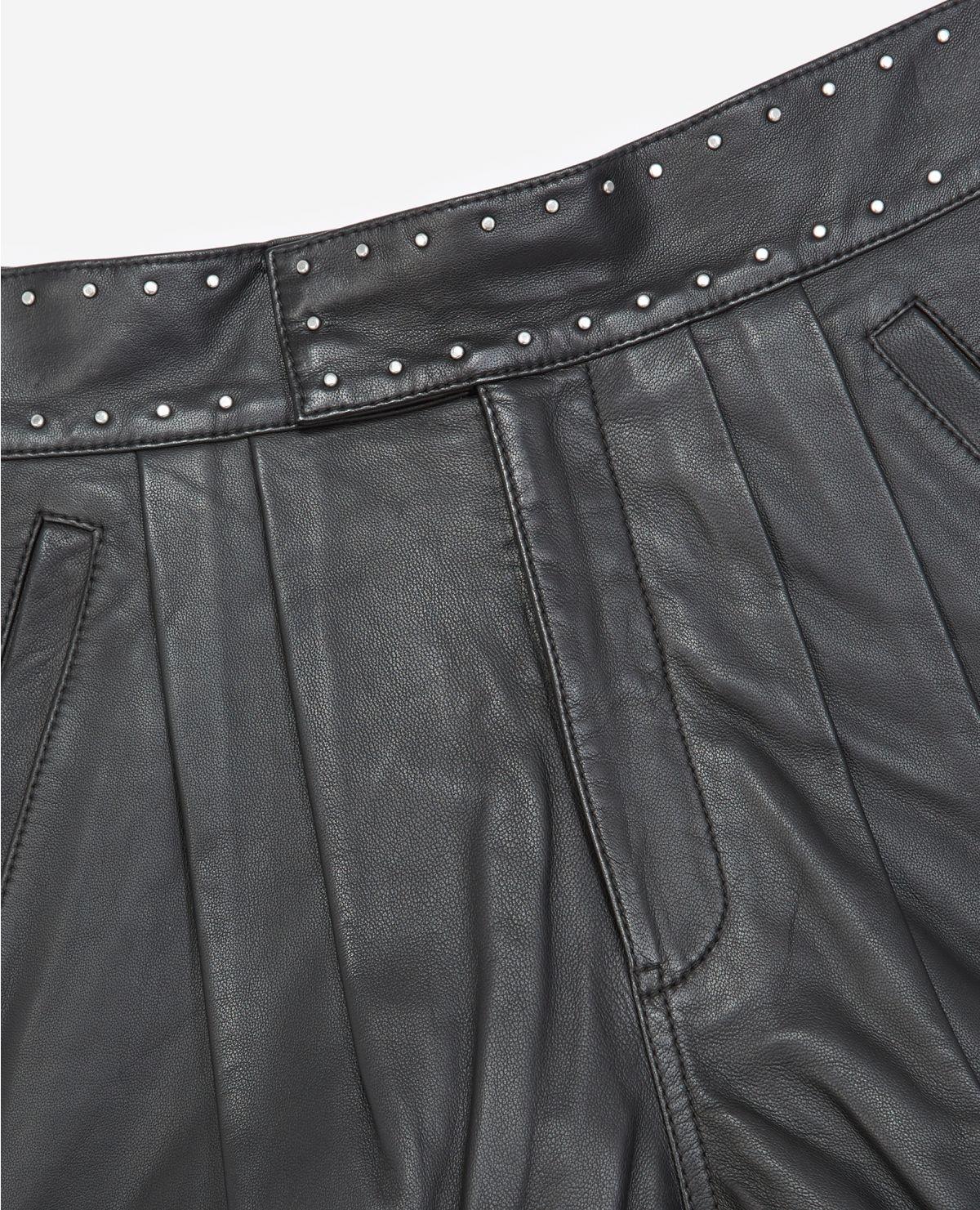 THE KOOPLES short noir cuir à ceinture cloutée-4